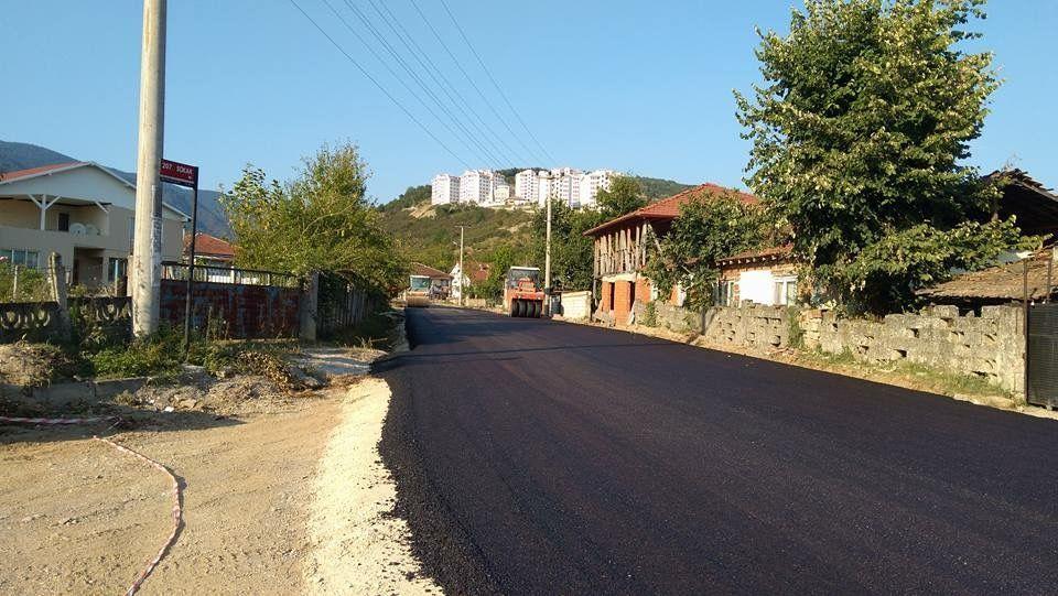 İlçemizde asfalt çalışmaları hızla devam ediyor