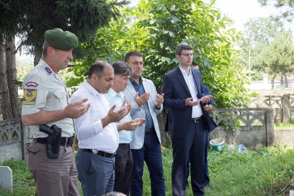 """""""15 Temmuz Şehitleri Anma, Demokrasi ve Milli Birlik Günü"""" Etkinlikleri Şehitlik Ziyaretleri ile Başladı"""