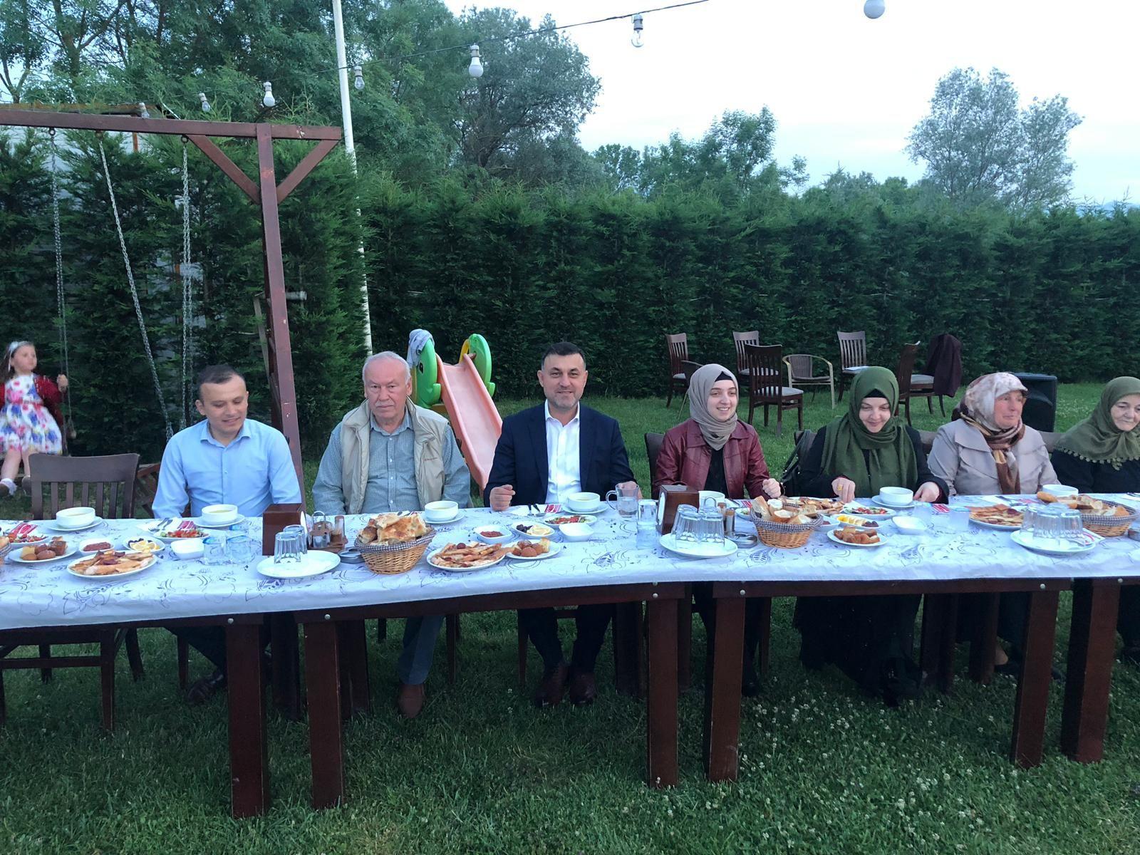 Başkan Muhsin Yavuz Şehit ve Gazi Yakınları ile İftarda Bir Araya Geldi