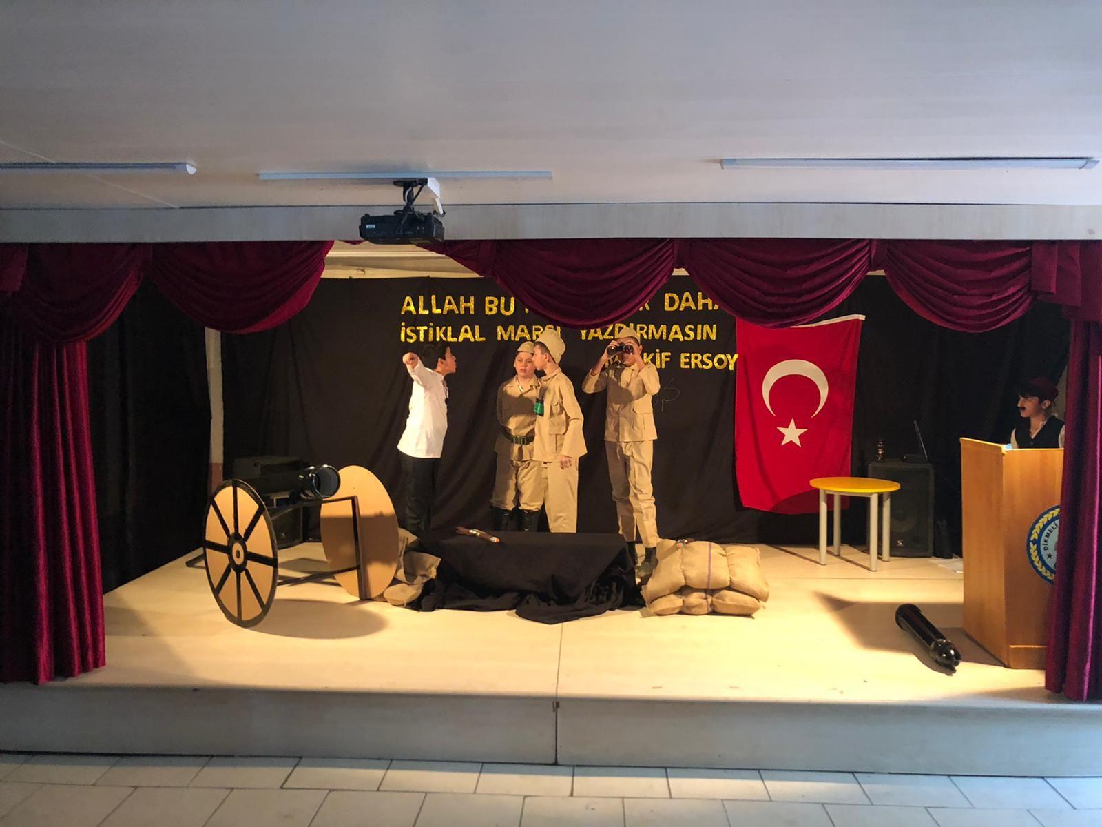12 Mart İstiklal Marşı'nın Kabulü ve Mehmet Akif Ersoy'u Anma Programı Düzenlendi