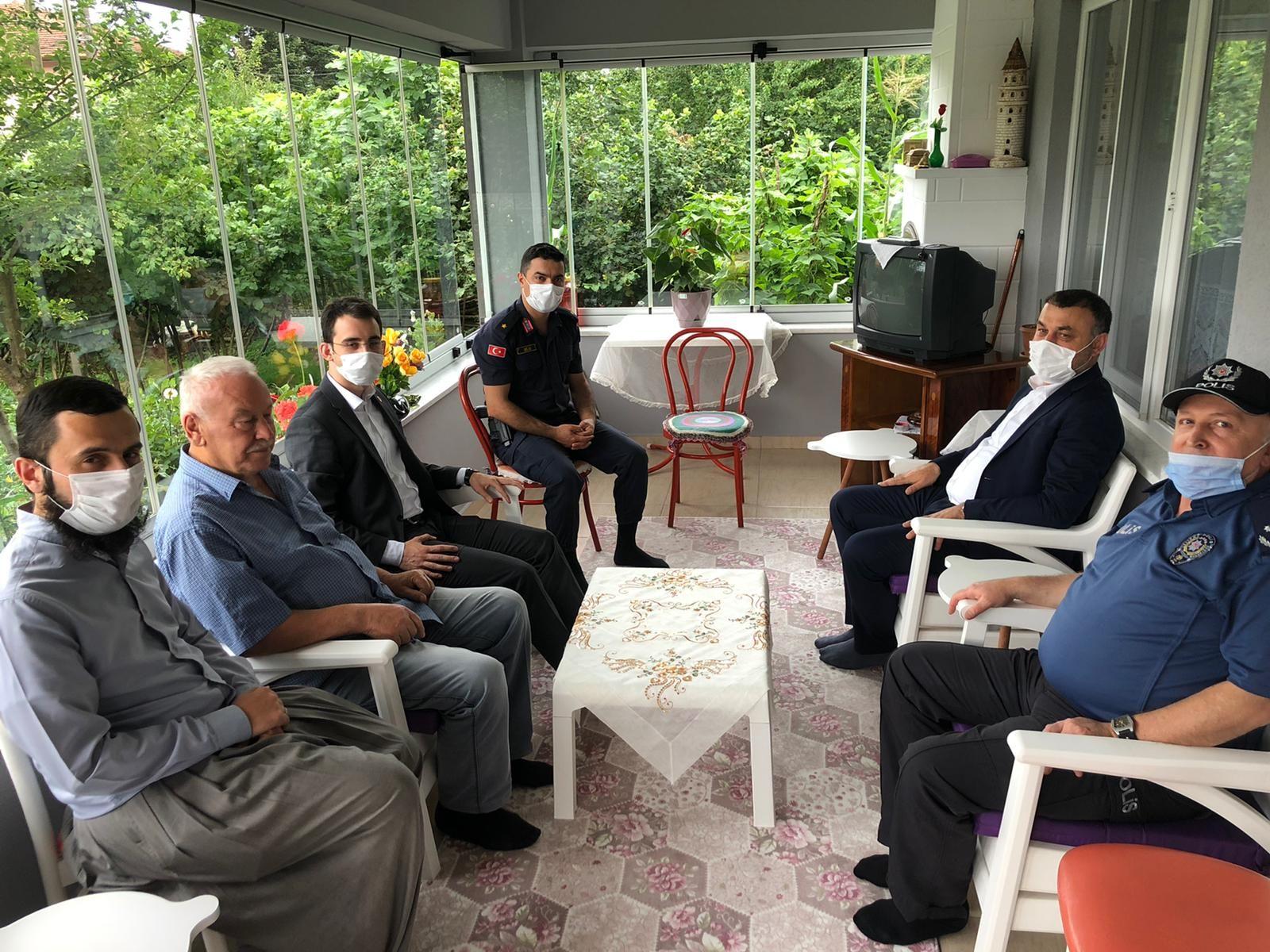 Belediye Başkanımız Şehit Ailelerini Ziyaret Etti